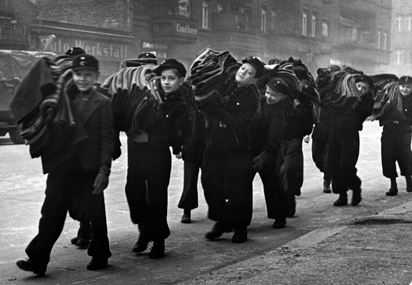 Diverses photos de la WWII - Page 37 98413