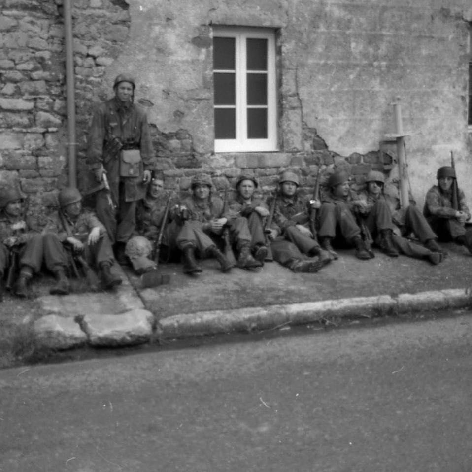 Diverses photos de la WWII (fichier 8) - Page 4 99116