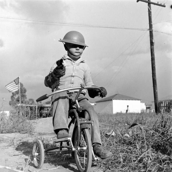 Diverses photos de la WWII - Page 37 99710