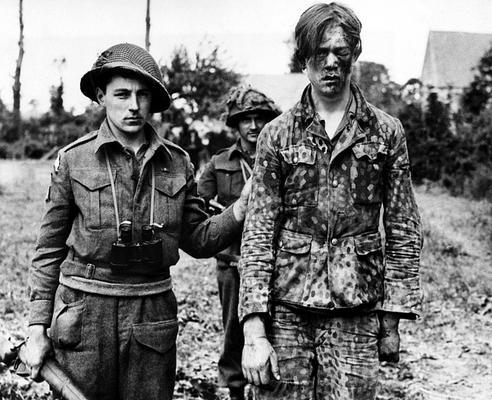 Diverses photos de la WWII - Page 39 Acaen_10