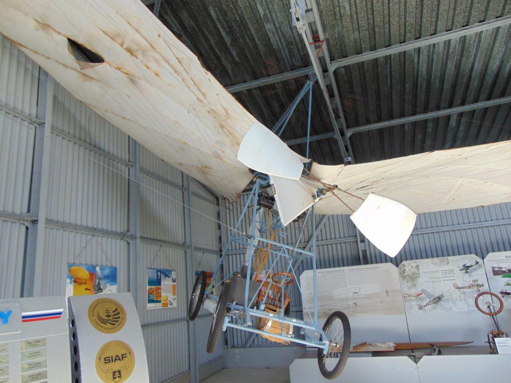 Musée de l'aviation à Kosice en Slovaquie Dsc04187