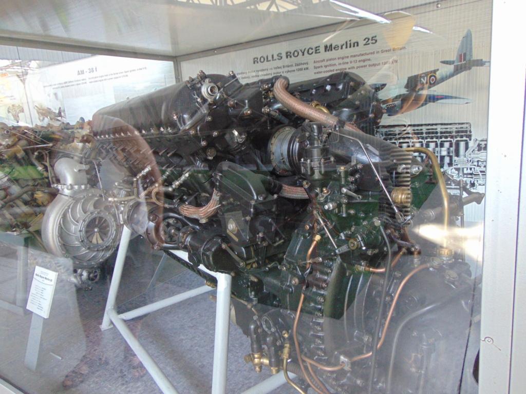 Musée de l'aviation à Kosice en Slovaquie Dsc04229