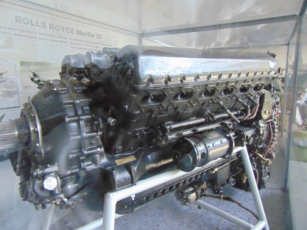 Musée de l'aviation à Kosice en Slovaquie Dsc04230