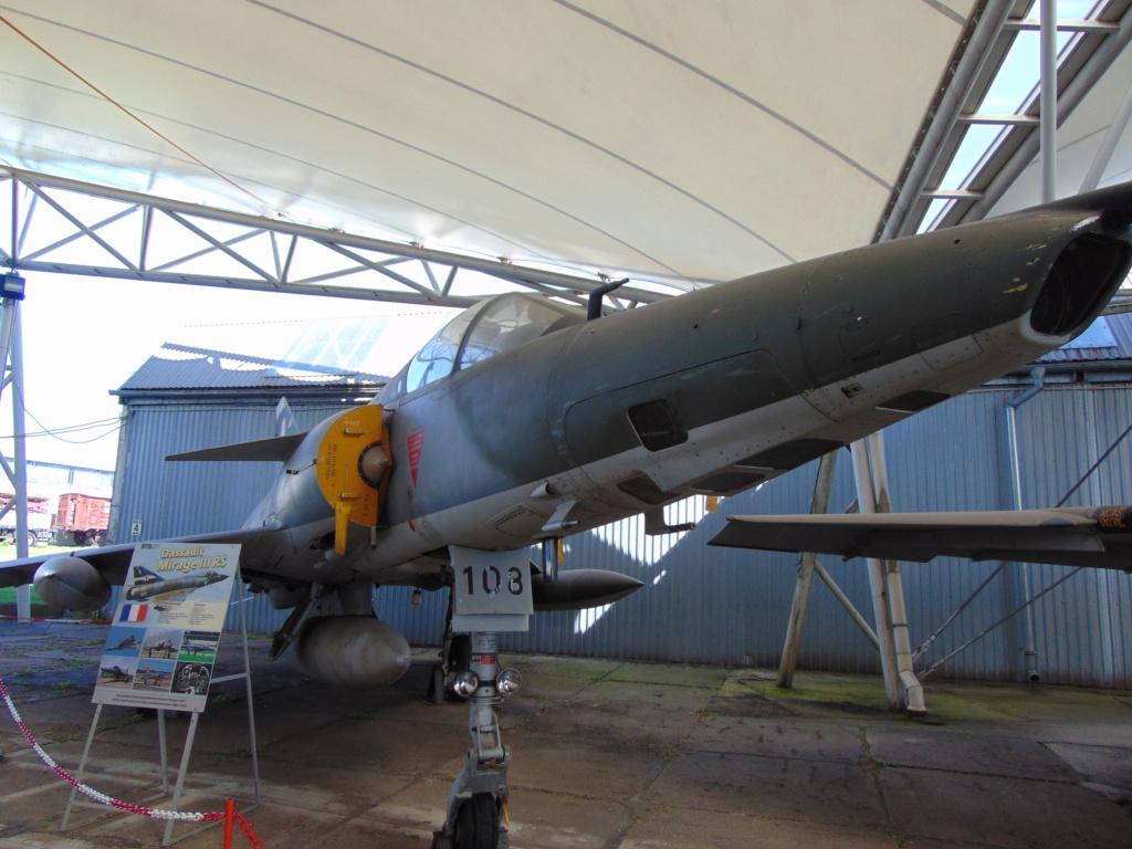 Musée de l'aviation à Kosice en Slovaquie Dsc04236