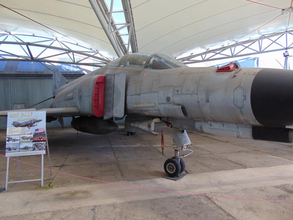 Musée de l'aviation à Kosice en Slovaquie Dsc04241