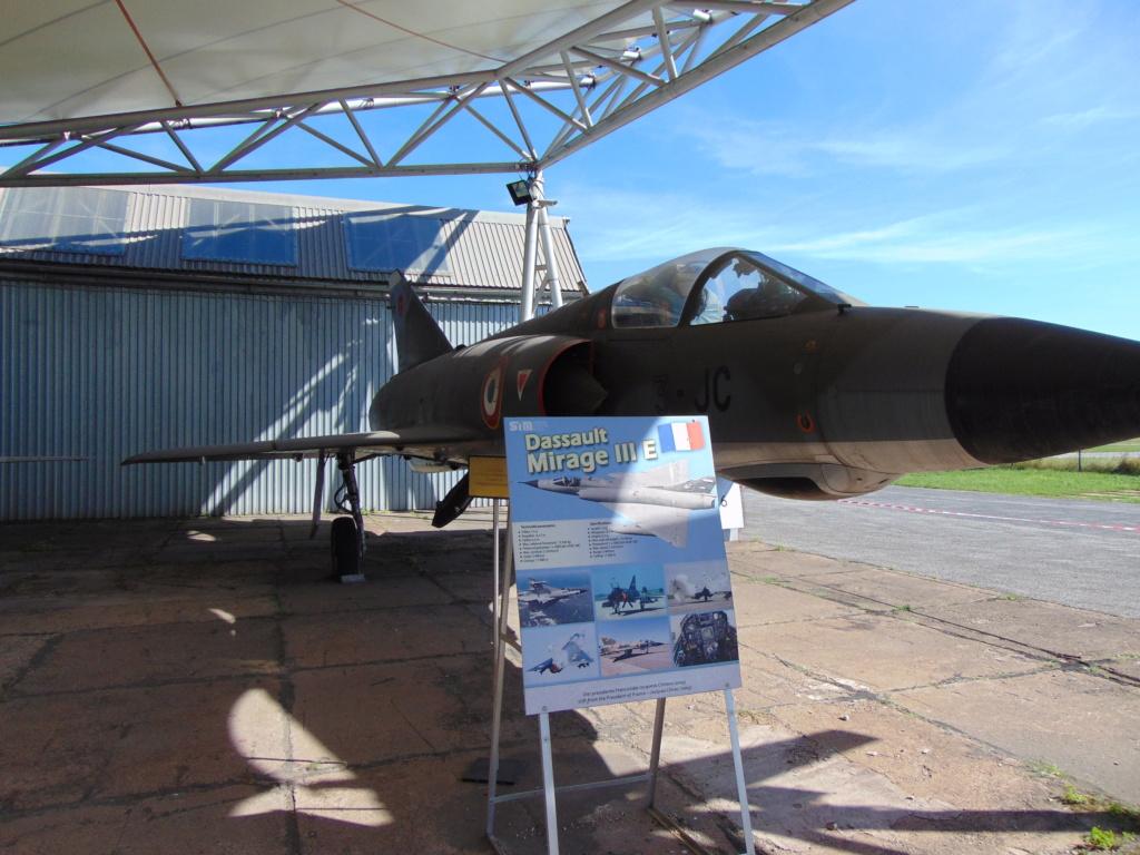 Musée de l'aviation à Kosice en Slovaquie Dsc04243