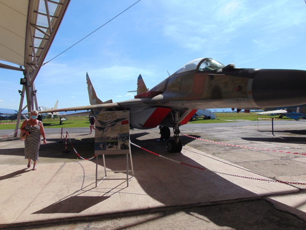 Musée de l'aviation à Kosice en Slovaquie Dsc04244
