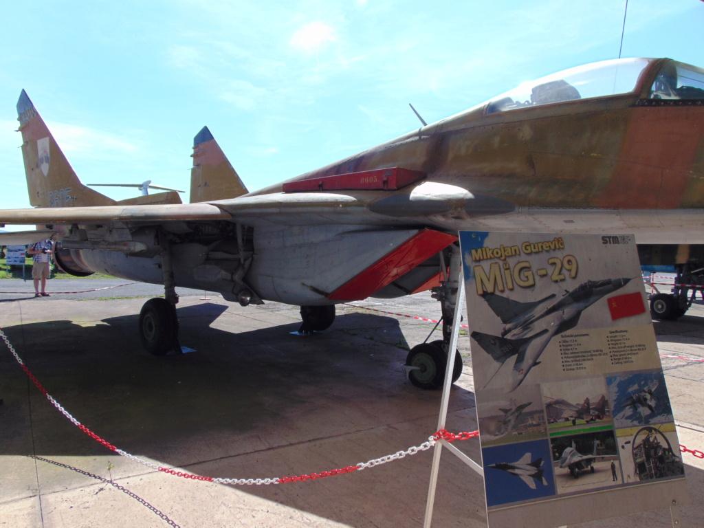 Musée de l'aviation à Kosice en Slovaquie Dsc04245