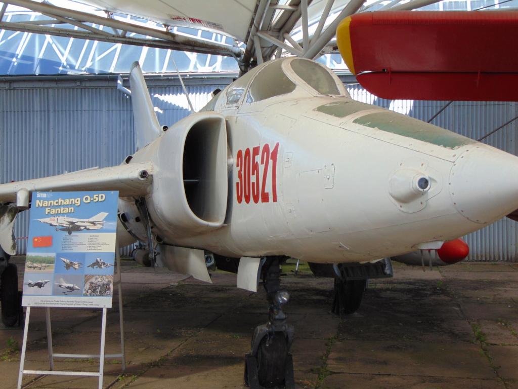 Musée de l'aviation à Kosice en Slovaquie - Page 2 Dsc04259