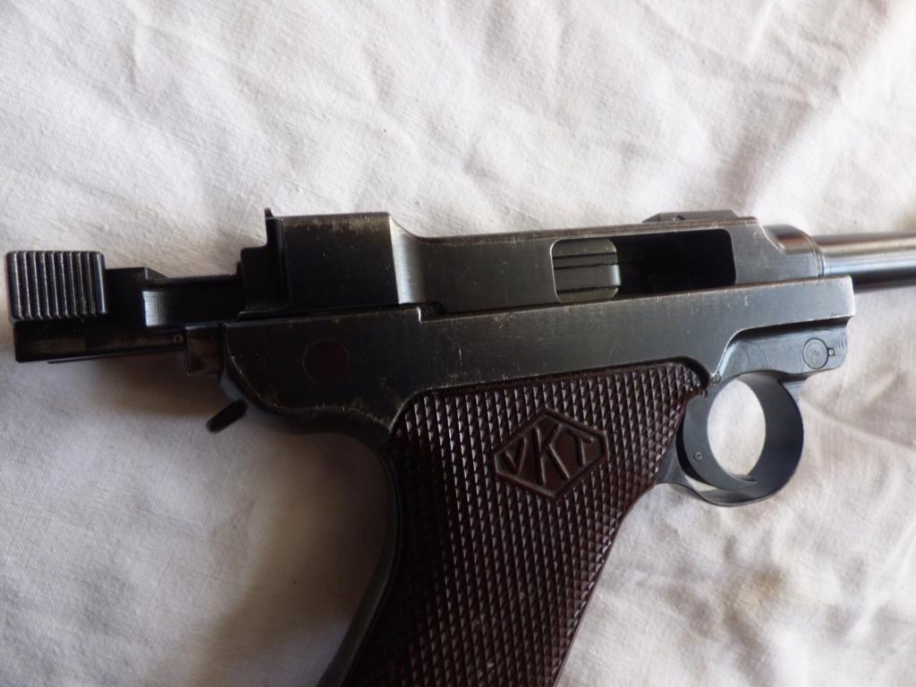 A vendre pistolet Lahti L35 P1010198