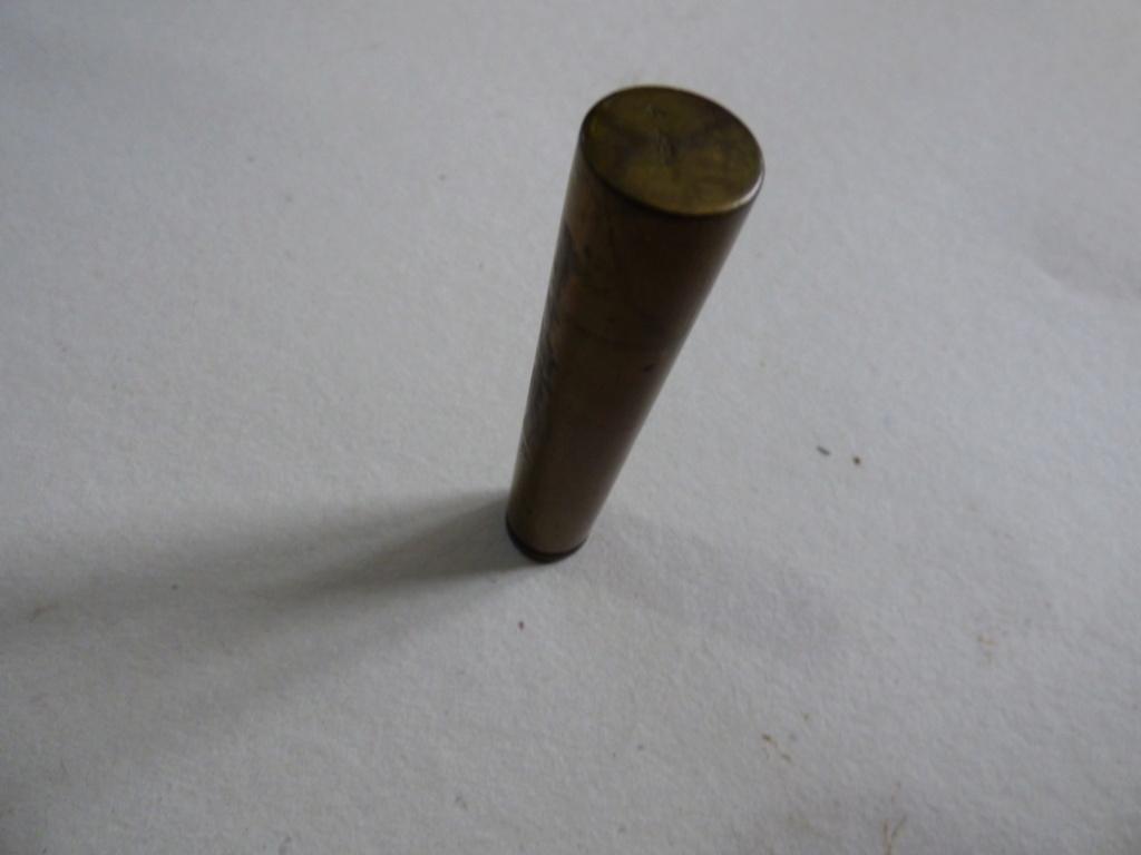 Douilles et objets de la WWI P1010597