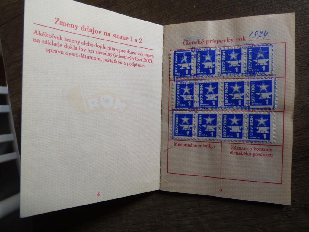 Carnet obligatoire du parti communiste tchécoslovaque P1020203