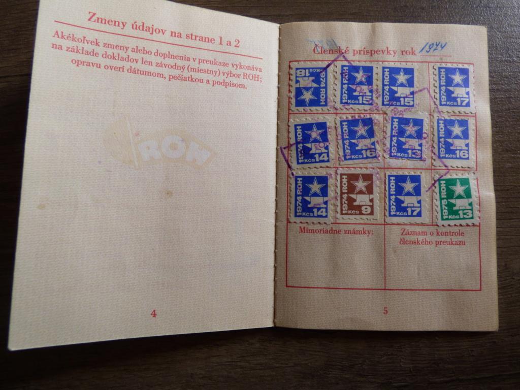 Carnet obligatoire du parti communiste tchécoslovaque P1020206