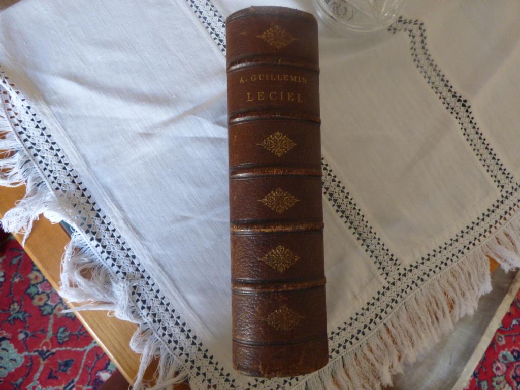 Vous aimez les vieux livres ? P1020229