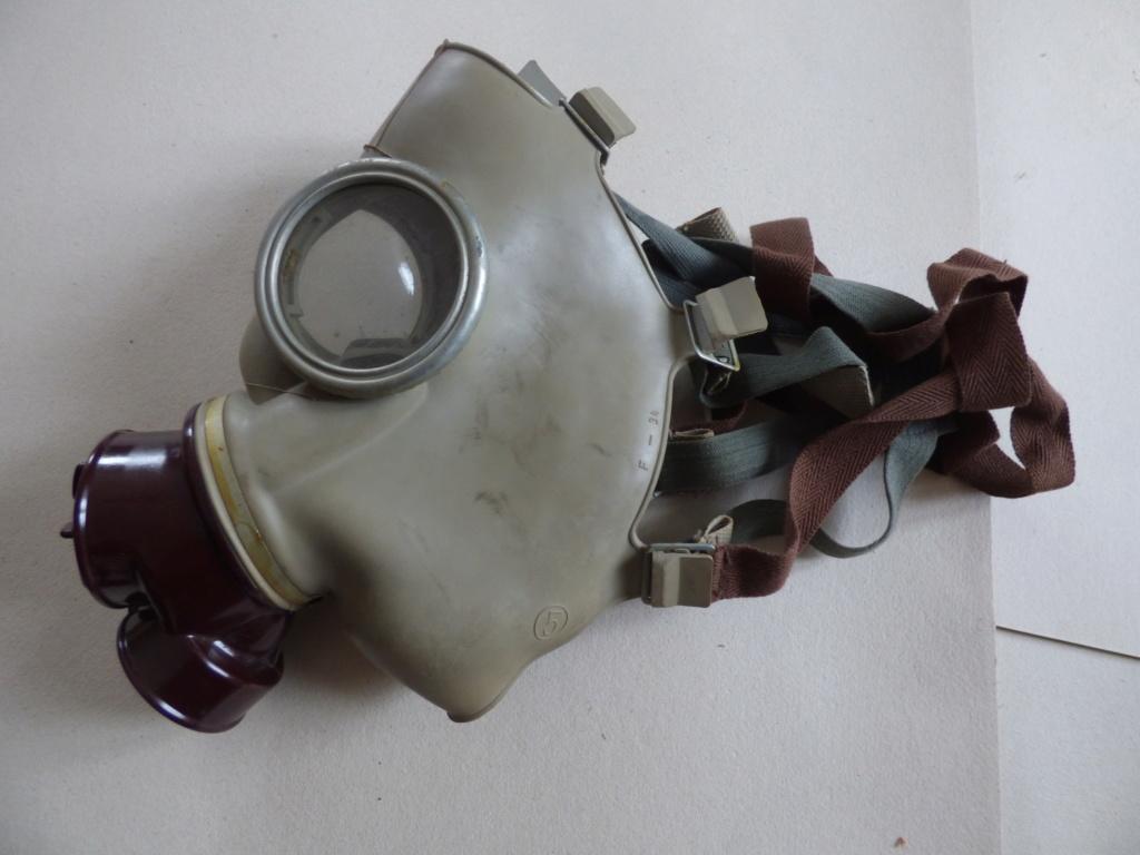 Masque à gaz P1020502