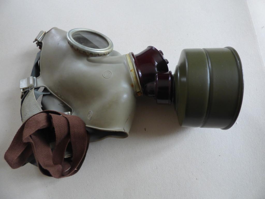 Masque à gaz P1020506