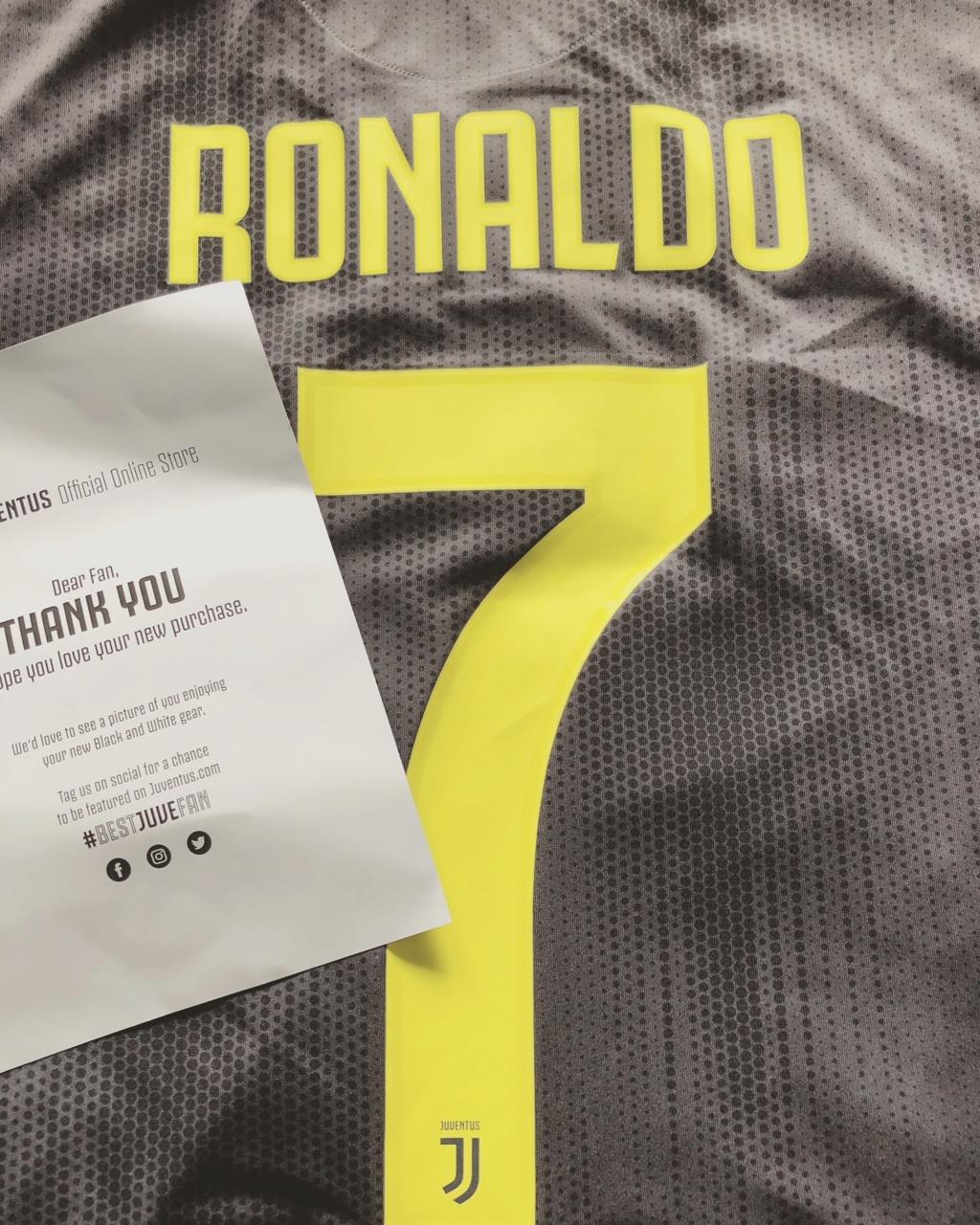 Juventus Kit Thread - Page 2 Cr710