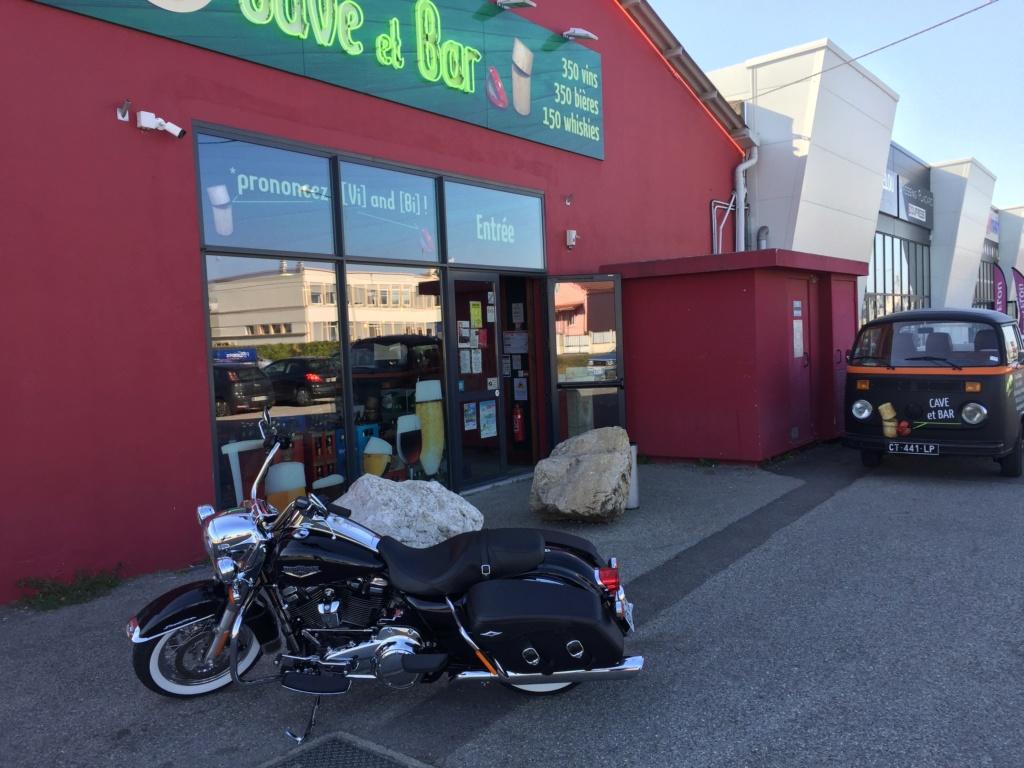 Road King uniquement, combien sur Passion-Harley  - Page 16 Img_2511