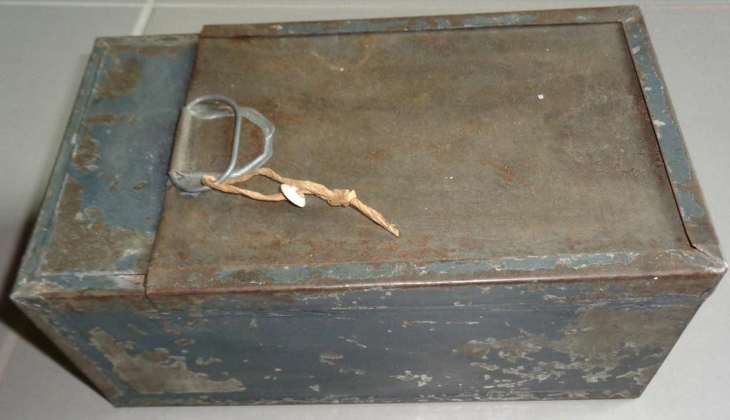 identification d'une caisse en tole  Dsc05110