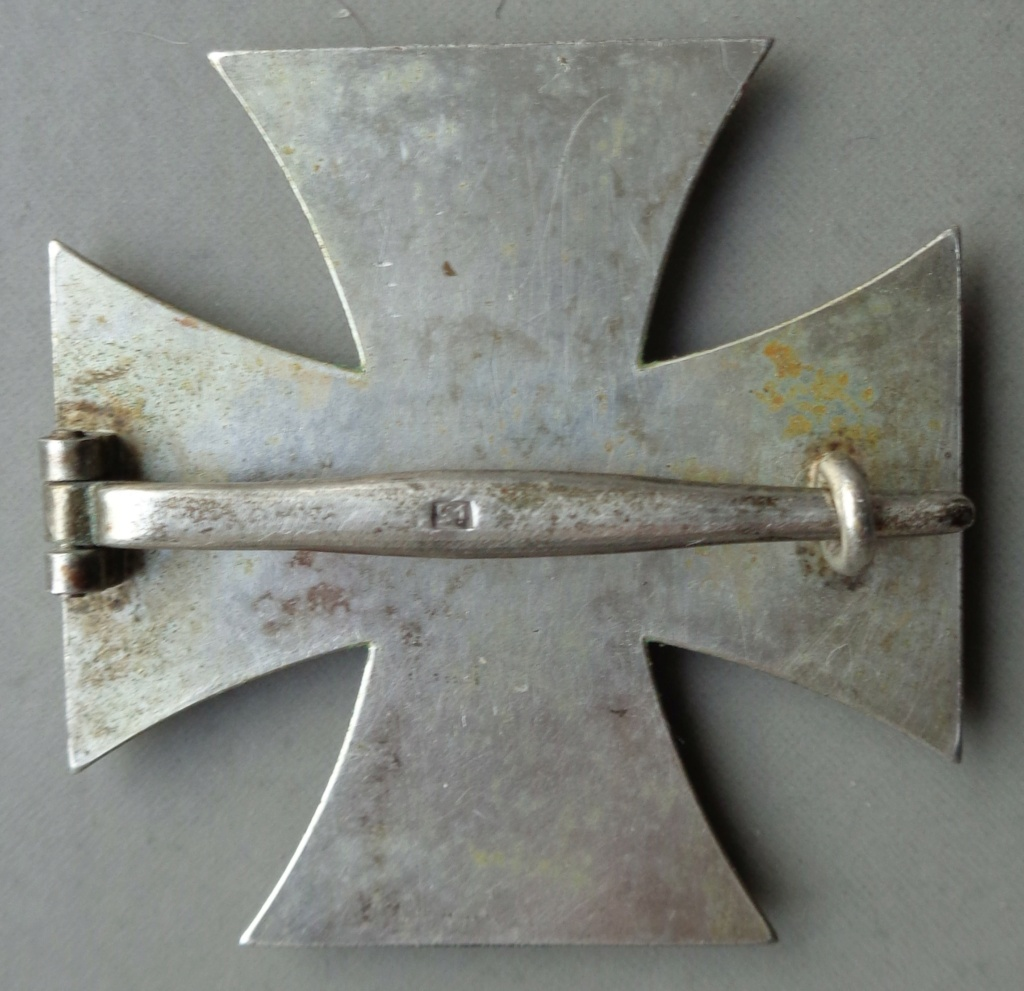 identification d'une croix de fer 1er classe  Dsc05311