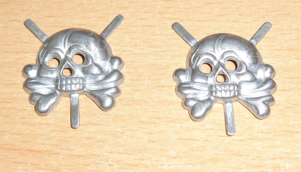 paire de tête de mort  Dsc06422