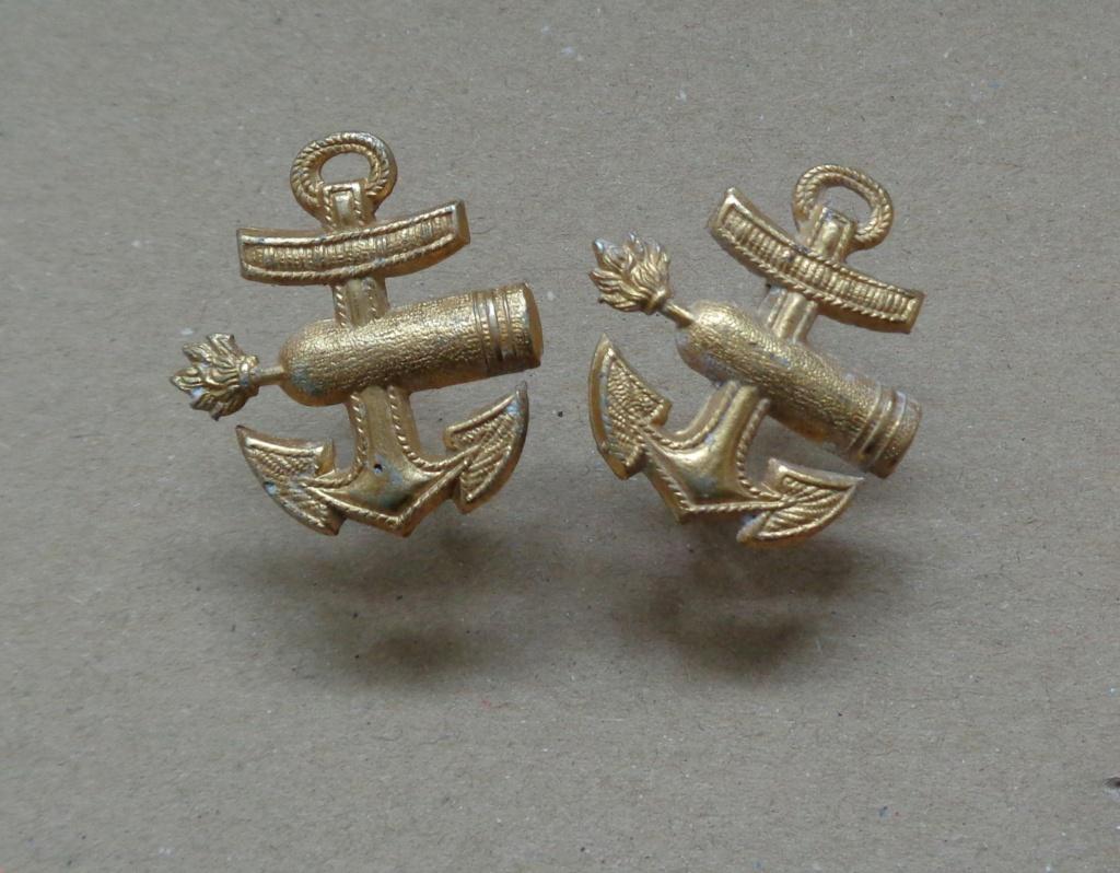 paire d'insignes pour épaulette kriegsmarine  Dsc06423