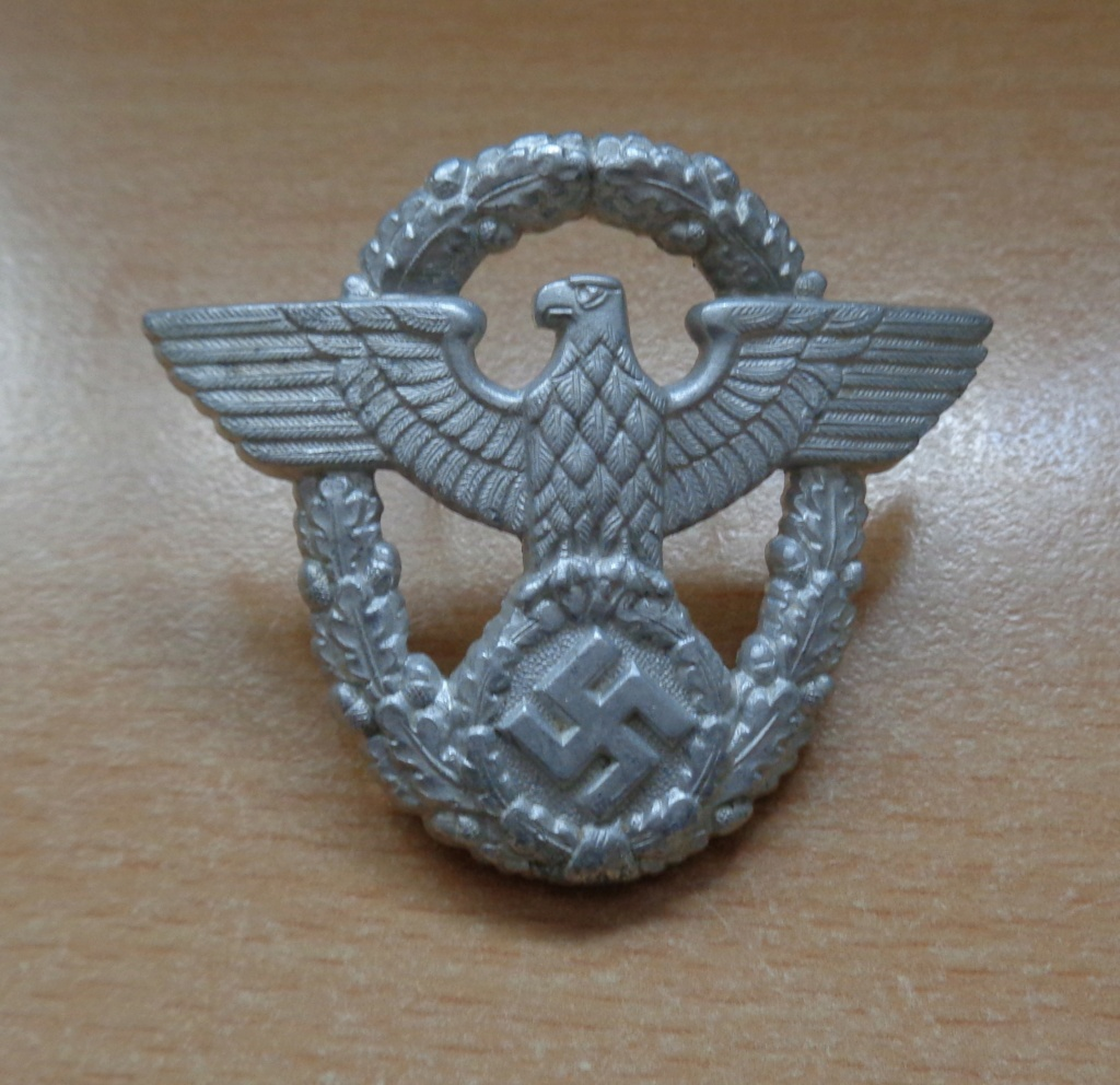 aigle de casquette polizei  Dsc06425