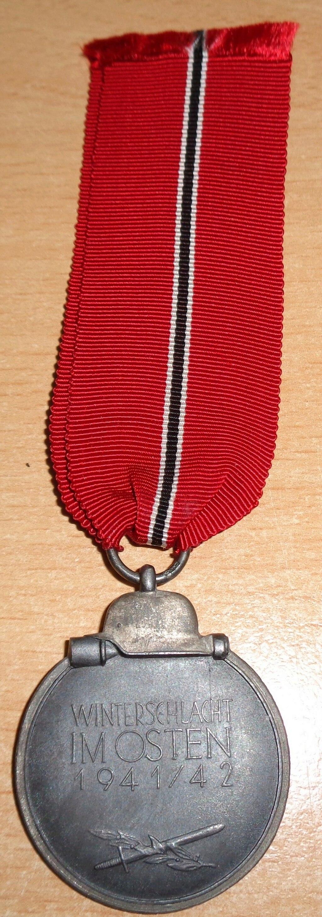médaille du front de l'est  Dsc06429