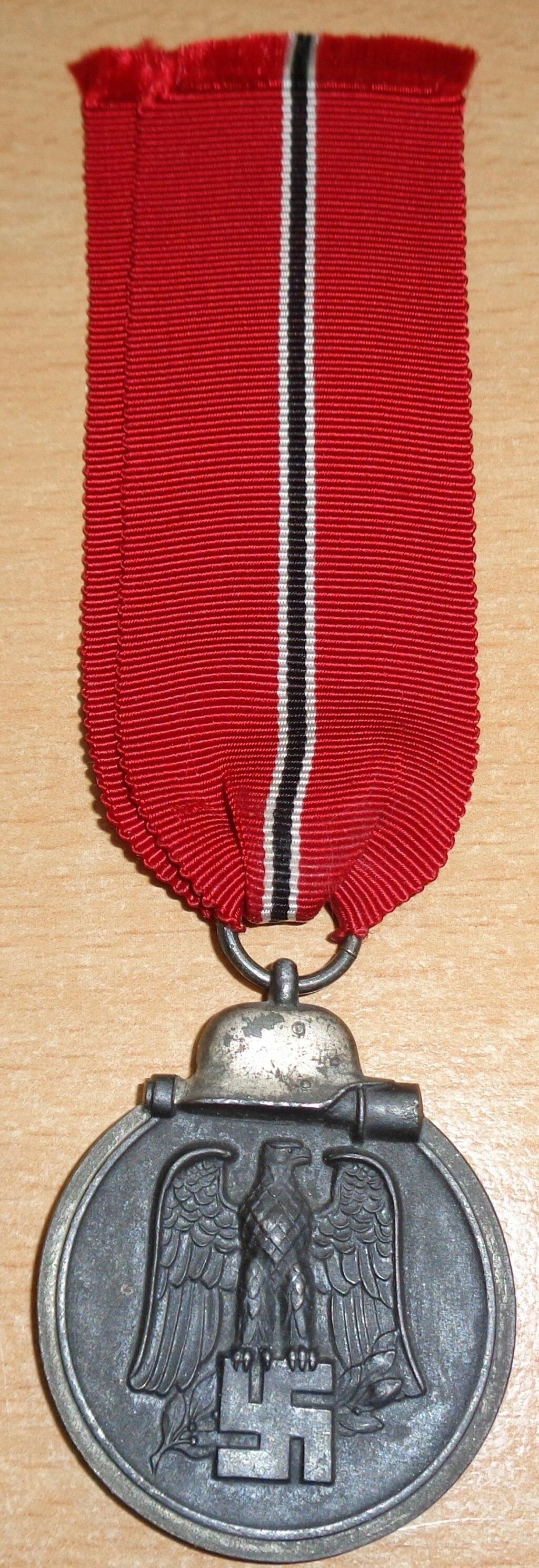 médaille du front de l'est  Dsc06430