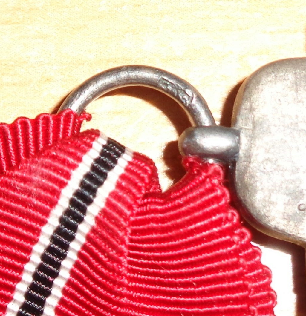 médaille du front de l'est  Dsc06431