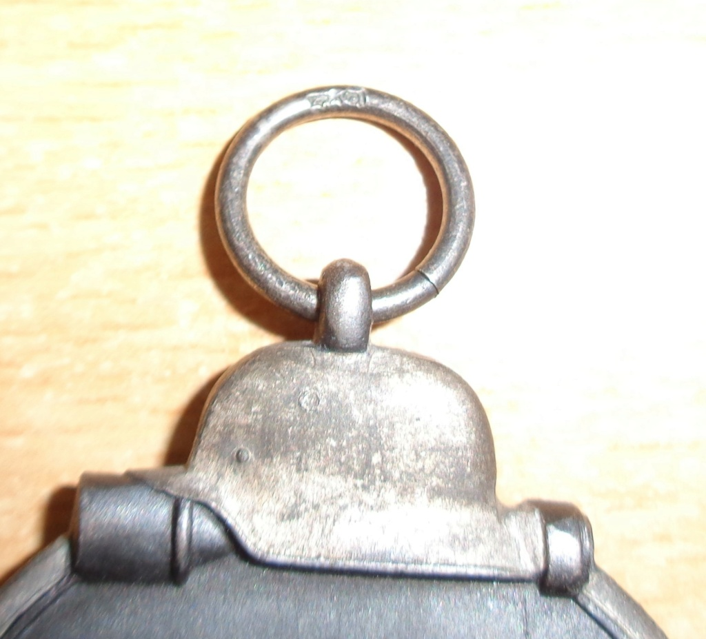 médaille du front de l'est  Dsc06532