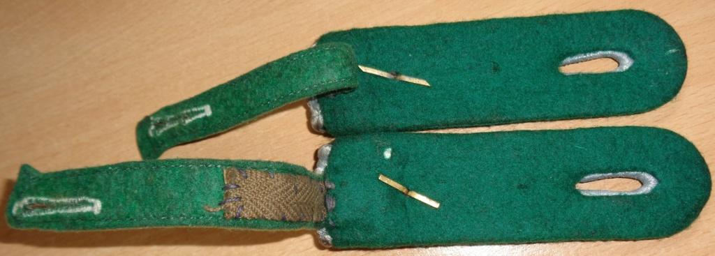 pattes d'épaules Panzergrenadier ou Jäger ? Dsc06812
