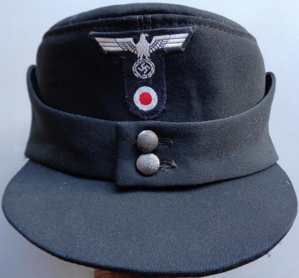 casquette noire allemande inconnue  Dsc06919