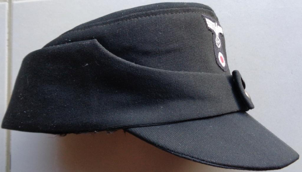 casquette noire allemande inconnue  Dsc06921
