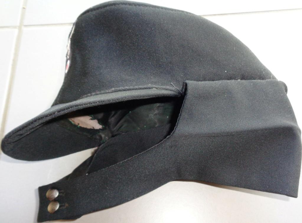casquette noire allemande inconnue  Dsc06922