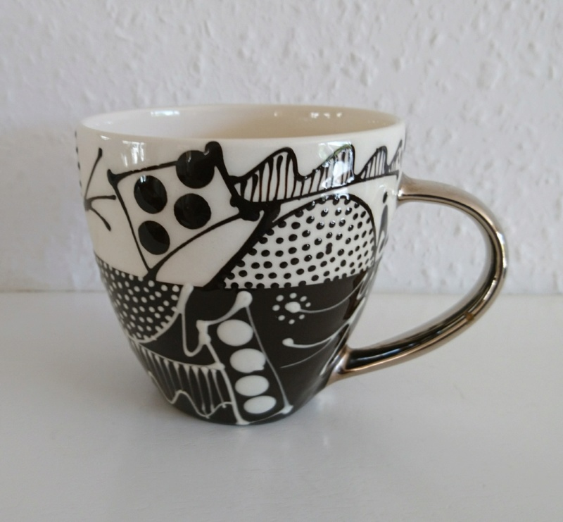 Slipware mug - Mark Dally  _2018020