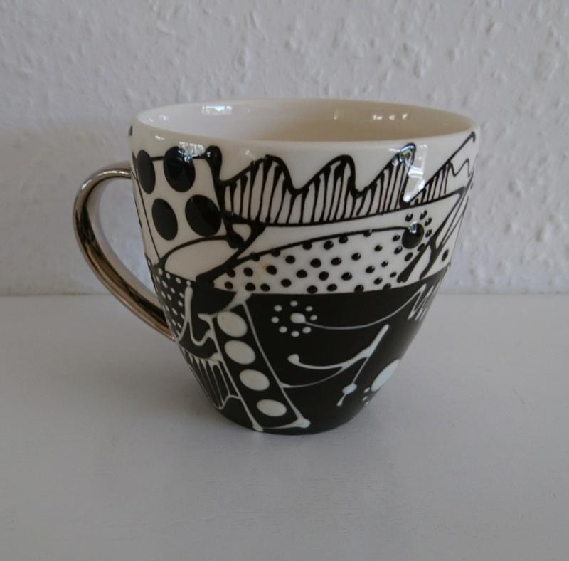 Slipware mug - Mark Dally  _2018021