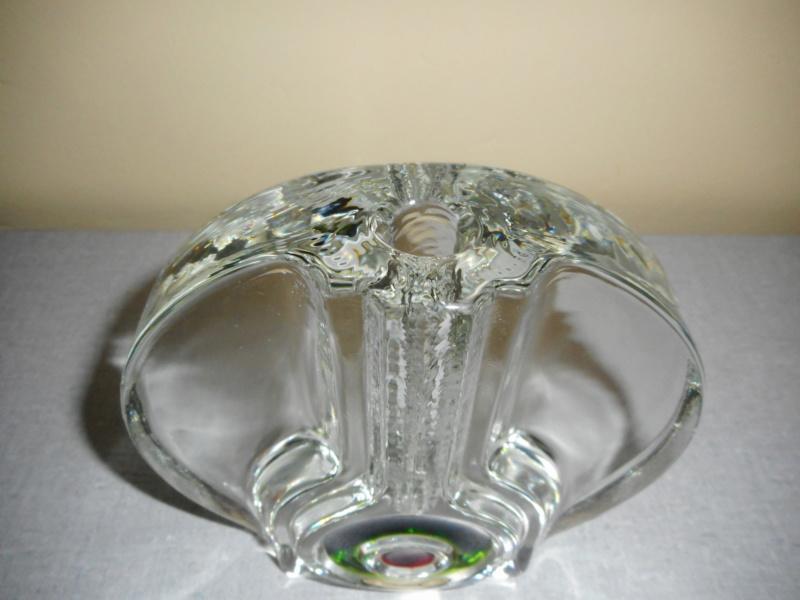vase soliflore pressé moulé Walther Glass Dscn0227