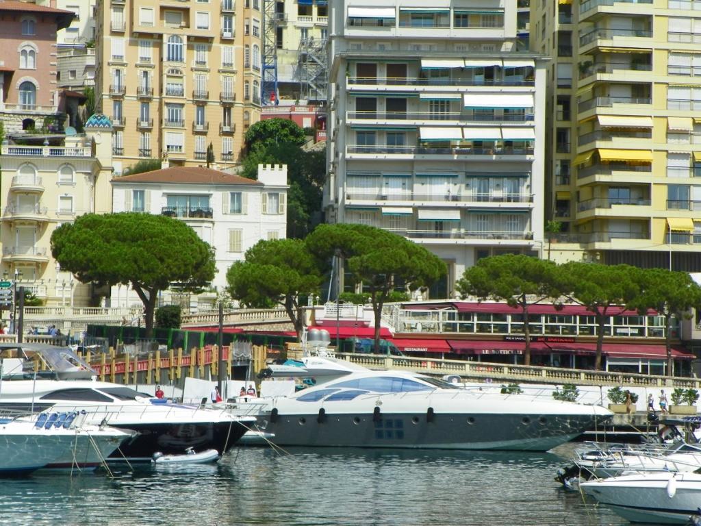 [VIE DES PORTS] Monaco - Page 4 Cagnes12