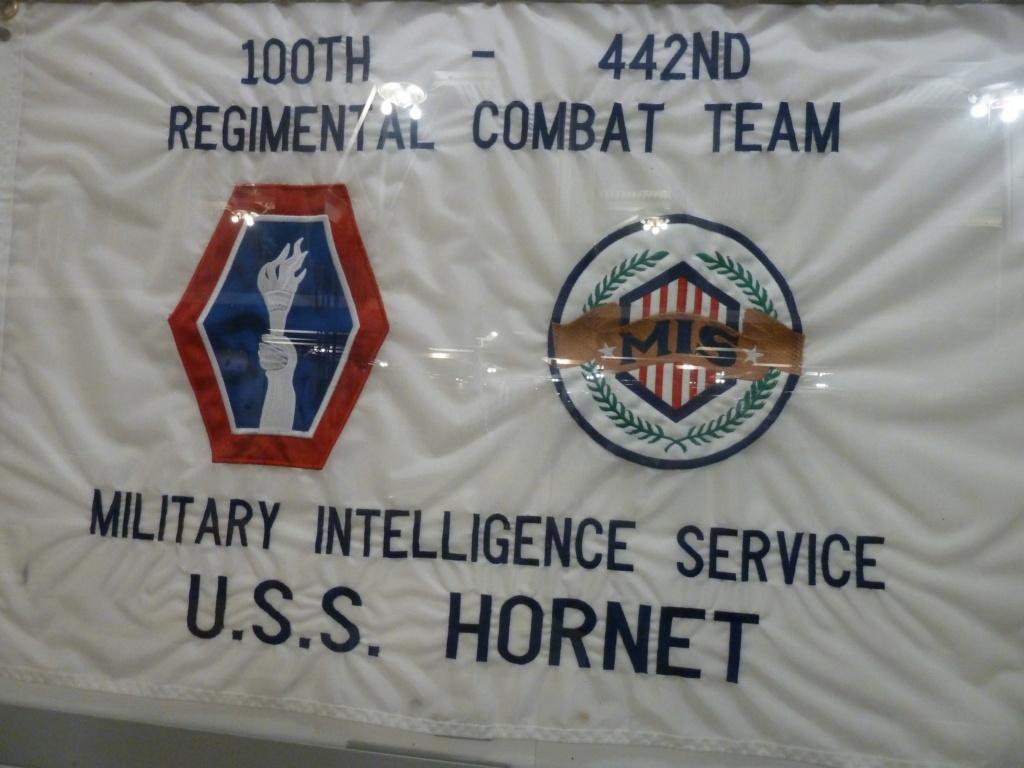 Exposition sur le 442nd RCT dans le USS Hornet (pour Cyril... et les autres !) P1200910
