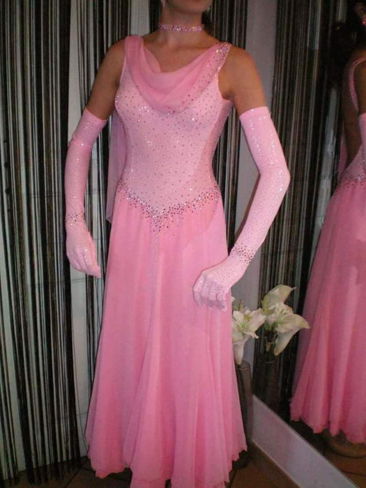 robe standard duo style neuve!! 230€ T10