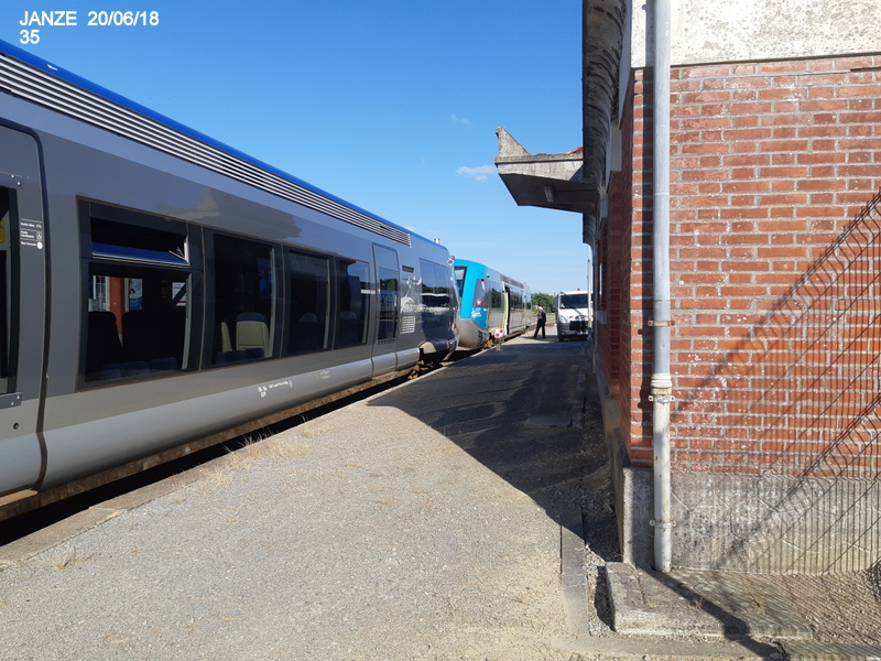 Ligne Rennes-Châteaubriant : Retiers Terminus (balade sur Janzé, Retiers 20/06/18) 20180676