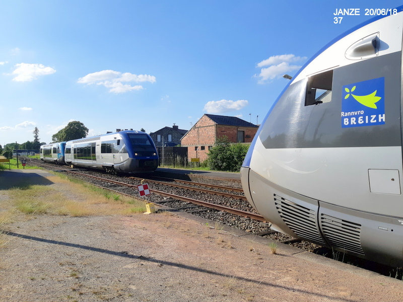 Ligne Rennes-Châteaubriant : Retiers Terminus (balade sur Janzé, Retiers 20/06/18) 20180678