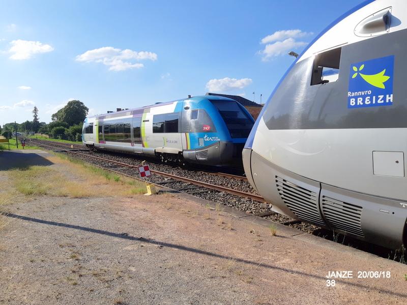 Ligne Rennes-Châteaubriant : Retiers Terminus (balade sur Janzé, Retiers 20/06/18) 20180680