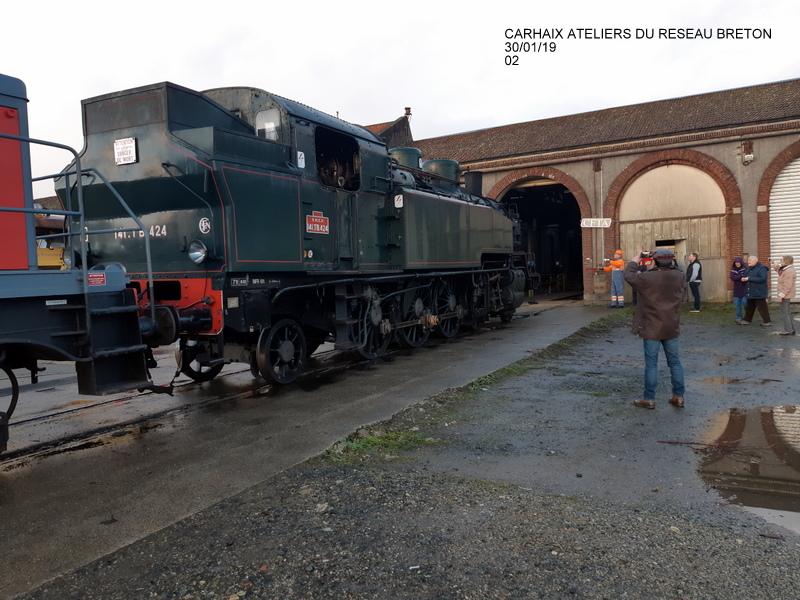 Carhaix. La machine à vapeur BB 141 TB 424  est à la CFTA 20190252