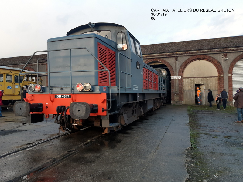 Carhaix. La machine à vapeur BB 141 TB 424  est à la CFTA 20190256