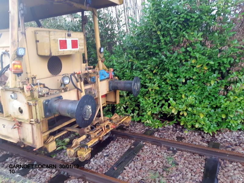 Carhaix. La machine à vapeur BB 141 TB 424  est à la CFTA 20190260