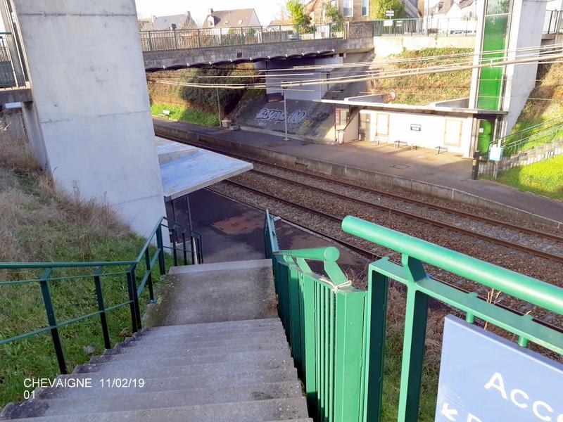 Ligne Rennes-St Malo. Halte de Chevaigné  11/02/19 20190377