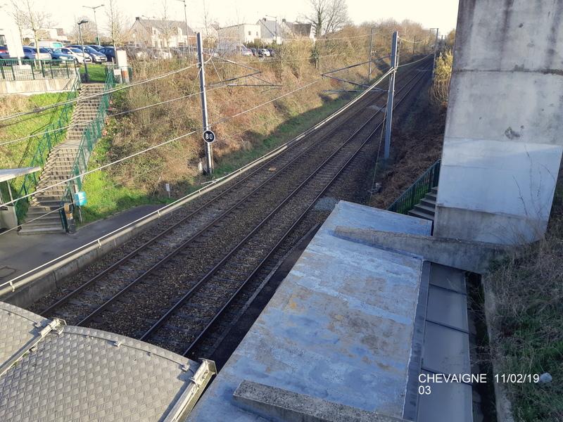 Ligne Rennes-St Malo. Halte de Chevaigné  11/02/19 20190379