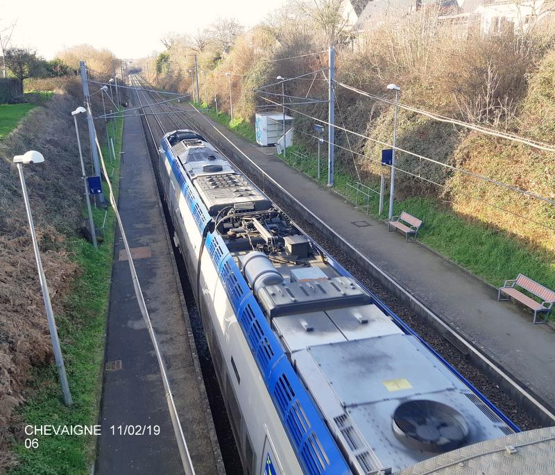 Ligne Rennes-St Malo. Halte de Chevaigné  11/02/19 20190382